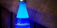 《辐射4》官方授权周边推量子可乐灯 黑暗中蓝光幽幽-资讯新闻